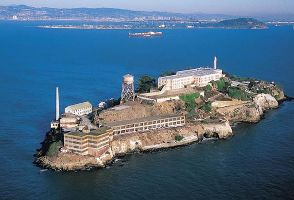 A ilha-presídio de Alcatraz, na Baía de San Francisco, EUA