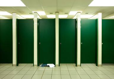 Banheiro limpo, boa gestão. Banheiro desorganizado e sujo, má gestão!